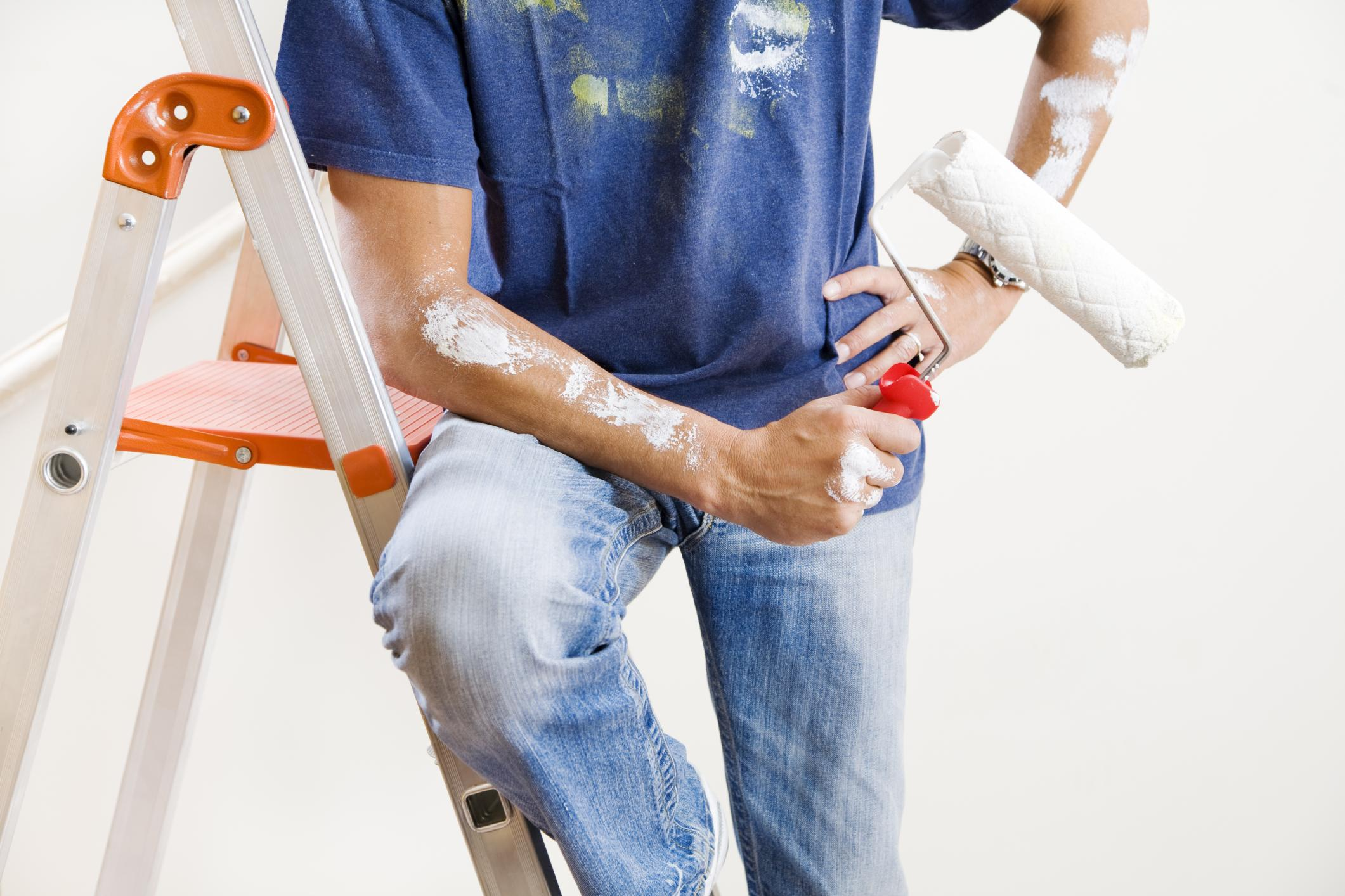 This is a picture of a pro dakota house painting service.